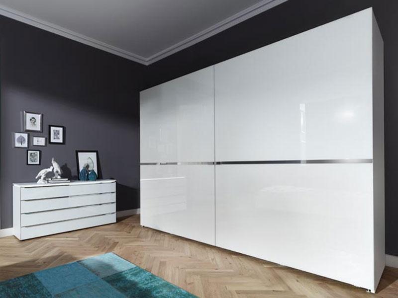 nolte planeo schwebet renschrank mit glasfronten gr e und. Black Bedroom Furniture Sets. Home Design Ideas
