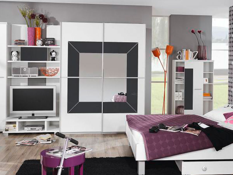 rauch jugendzimmer georgia schwebet renschrank. Black Bedroom Furniture Sets. Home Design Ideas