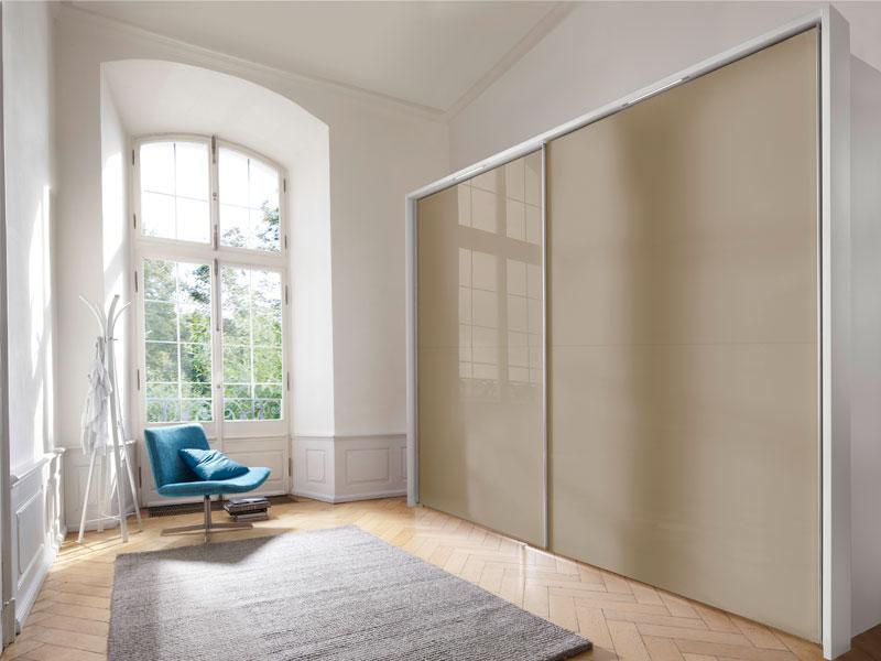 nolte santara schwebet renschrank mit saharaglas gr e farbe w hlbar. Black Bedroom Furniture Sets. Home Design Ideas