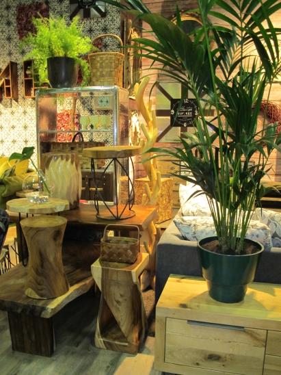 M bel online shop einrichtung und m bel von for Raumgestaltung mit zimmerpflanzen